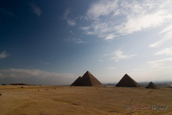 Pyramids || Canon10D/Tokina12-24@12 | 1/125s | f11 | ISO100 | Tripod